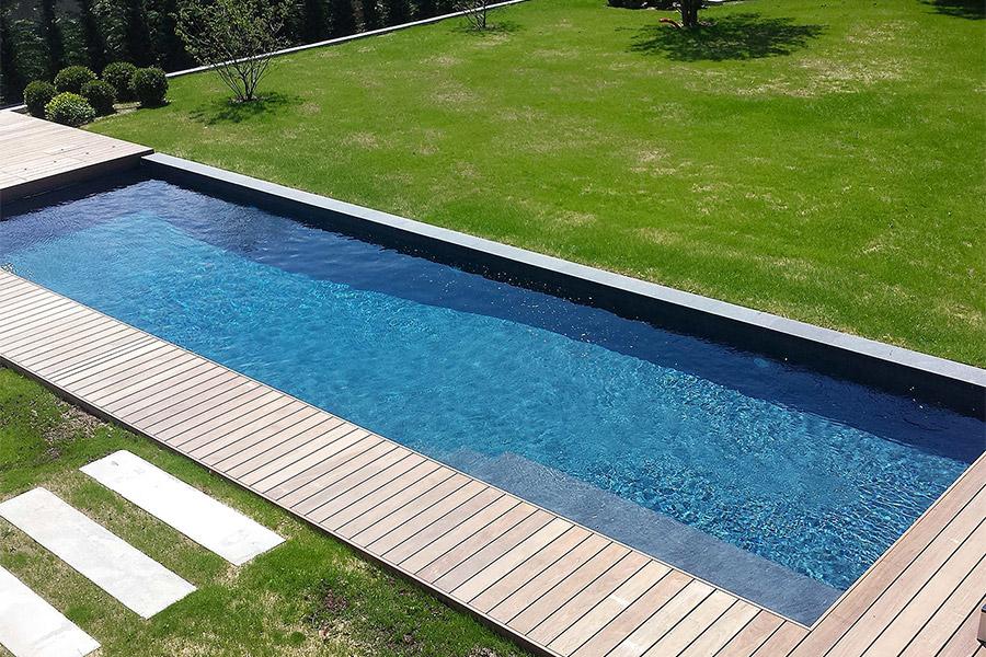 Création d'une piscine pour une maison d'architecte
